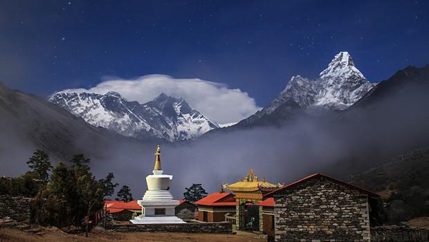 Bo Mount Everest po novih meritvah res nižji? (foto: profimedia)