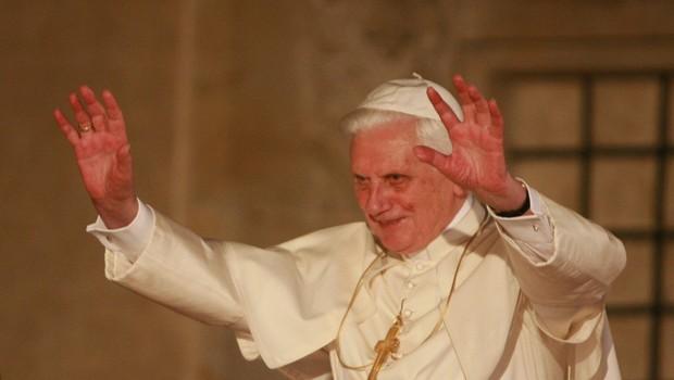 Nekdanji papež krivdo za pedofilske škandale zvrača na seksualno revolucijo (foto: Profimedia)