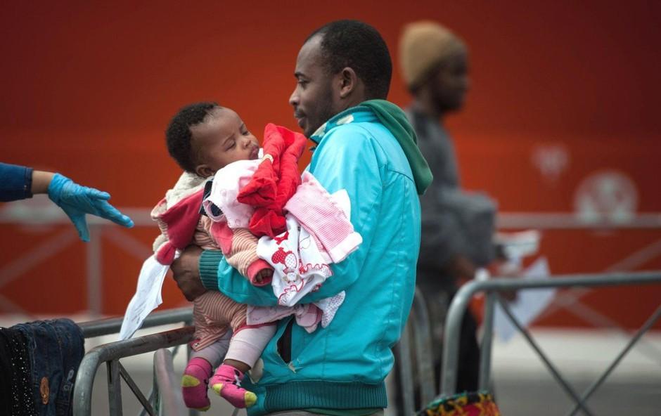 Francija, Nemčija, Luksemburg in Portugalska bodo sprejele migrante z ladje Alan Kurdi (foto: profimedia)
