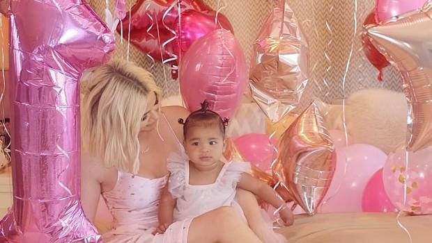 Khloe Kardashian za prvi rojstni dan hčerkice True pripravila razkošno zabavo! (foto: Profimedia)