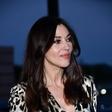 Fatalna Monica Bellucci požela navdušenje v top-trendovski obleki