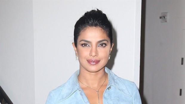 Priyanka Chopra odločno nad laži o prijateljstvu z vojvodinjo Meghan (foto: Profimedia)