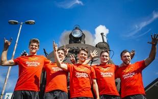 Dunking Devils so se odločili za prav posebno potovanje z vlakom po Sloveniji