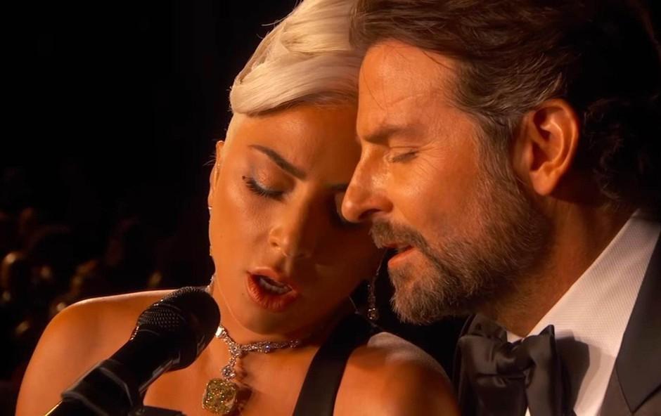 Lady Gaga je hudo zaradi razhoda Bradleya Cooperja in njegove Irine (foto: Profimedia)