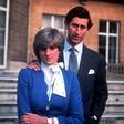 Princesa Diana in Charles naj se ne bi želela ločiti, a jima je kraljica svetovala prav to!