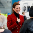 Kate Middleton pred vsemi popravila princa Williama in vse spravila v smeh