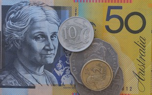 Avstralci so natisnili serijo bankovcev v vrednosti 46 milijonov dolarjev s tipkarsko napako