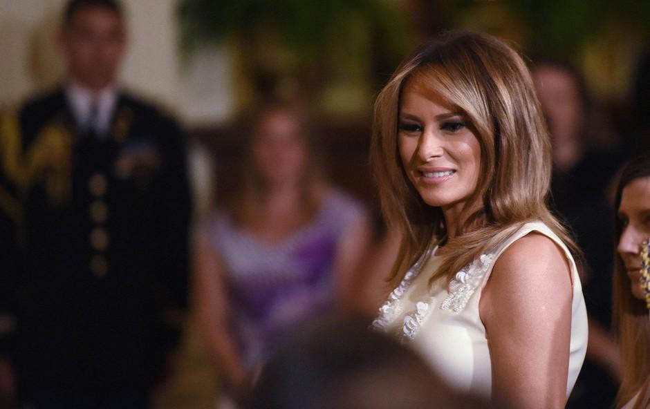 Čeveljci Melanie Trump, ki so v hipu obnoreli svet (foto: Profimedia)