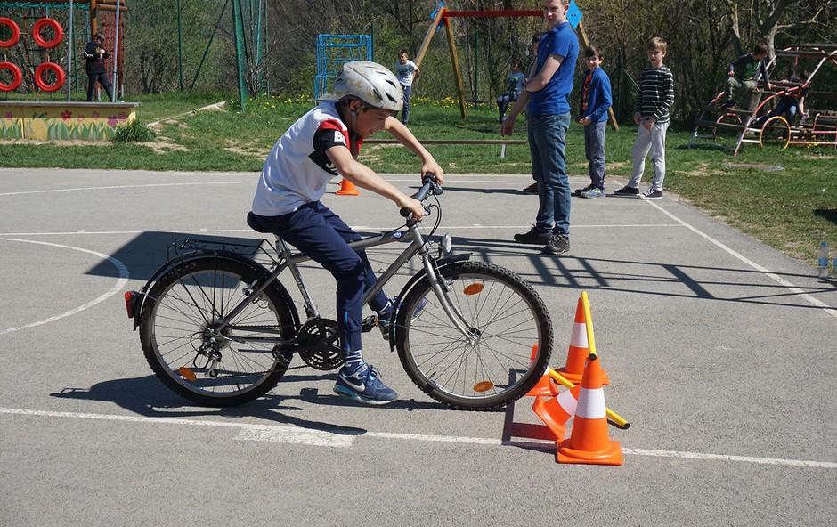 Najpogostejši kolesarski prekrški in globe (foto: Varno na kolesu Press)