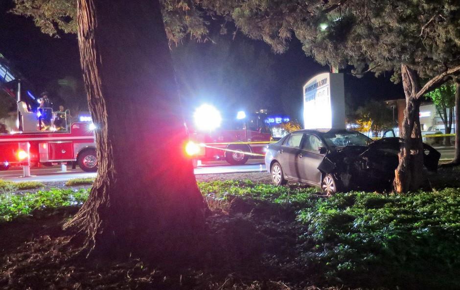V Lescah mimoidoči in policisti skupaj uspešno oživili voznika (foto: profimedia)