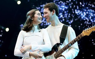 USPELO NAM JE: Zala in Gašper gresta v veliki finale Evrovizije!