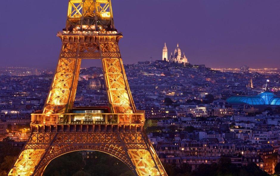 Pariz: Leteči avtomobili v javnem potniškem prometu niso več znanstvena fantastika! (foto: profimedia)