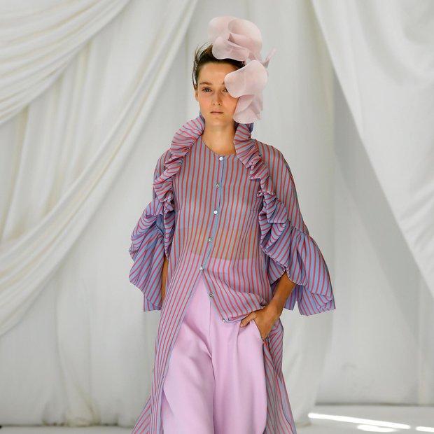Moda (Fotogalerija): Ženstveno valovanje