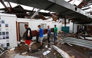 Zaradi tornada v ameriškem mestu Golden City ugasnila tri življenja