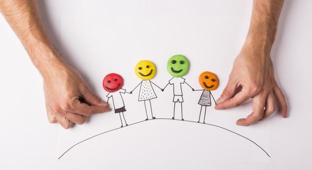 """Dileme sodobnega starševstva: """"Otrok ne sme podvomiti, da ga imaš rad!"""" (foto: Shutterstock)"""