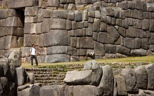 Močan potresni sunek z magnitudo 8,0 stresel Peru, za zdaj ni poročil o škodi