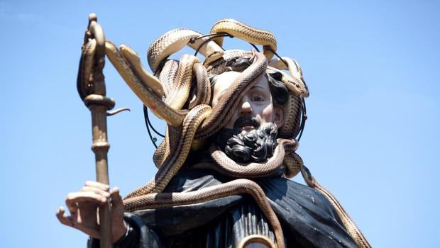 Iz sveta: Čaščenje kač in zobovja (foto: Profimedia)