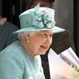 Kraljica Elizabeta II. užaloščena zaradi izgube tesne sodelavke