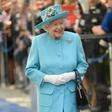 Kraljica Elizabeta II. nikoli ne je v restavraciji