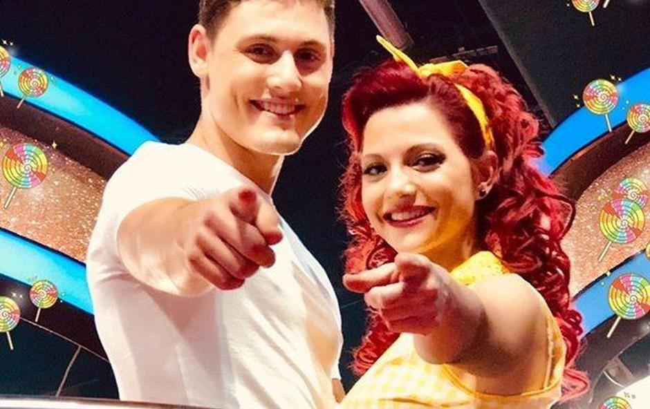 Tanja Žagar je s soplesalcem Arnejem Ivkovićem navduševala iz oddaje v oddajo. (foto: osebni arhiv)
