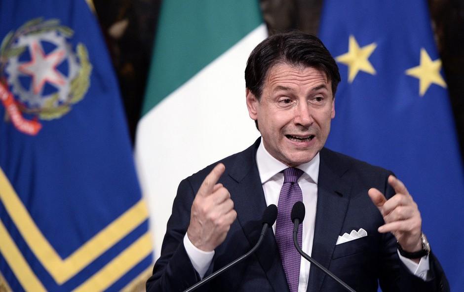 V Italiji še brez odločitve glede datuma razprave o nezaupnici Conteju (foto: Profimedia)