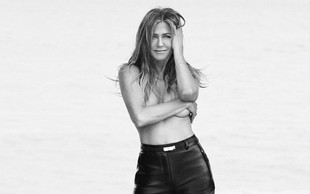 Jennifer Aniston razkrila, da je najraje gola