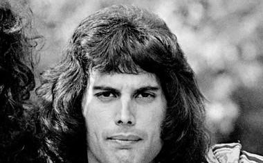 Biografija Freddieja Mercuryja izpod peresa Lesley Ann Jones!