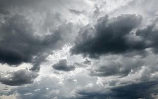 Vreme: Pooblačilo se bo, ponekod po državi plohe ali nevihte