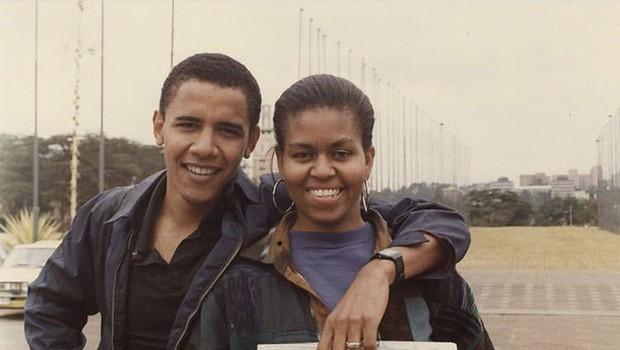 Družina Obama se je zbrala ob posebni priložnosti: Hčerki sta zdaj pravi lepotici! (foto: Profimedia)