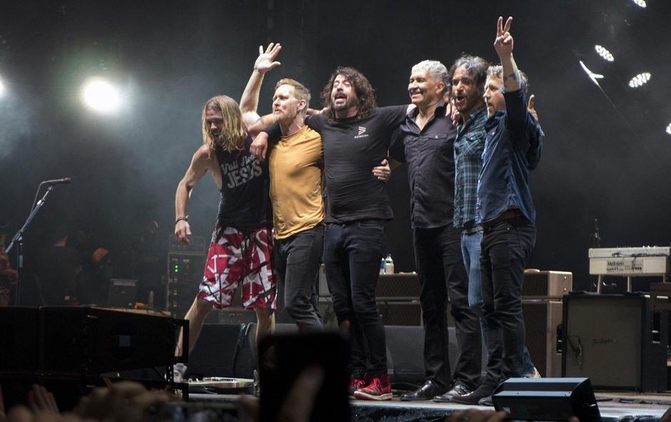 V Pulju zvečer prvi koncert zasedbe Foo Fighters (foto: Profimedia)