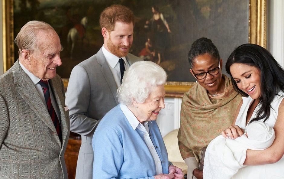 Kraljica Elizabeta II. ne bo prišla na krst najmlajšega pravnuka Archieja! (foto: Profimedia)