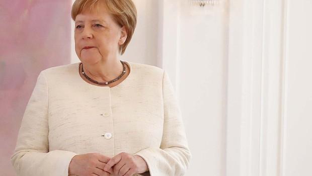 Ima Angela Merkel zdravstvene težave? Na uradni slovesnosti se je ponovno tresla! (foto: profimedia)