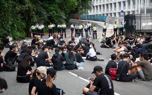 Hongkonška policija pregnala protestnike iz parlamenta