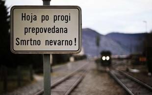 Na železniškem prehodu v Ljubljani vlak do smrti povozil osebo