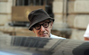 Woody Allen v milanski Scali in s tožbo proti Amazonu