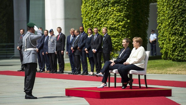 Angela Merkel med sprejemom danske premierke tokrat sedela (foto: Profimedia)