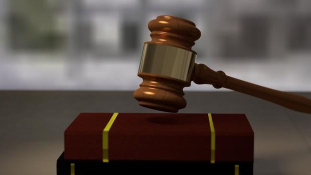 Sodišče je Sebastienu Abramovu in njegovemu dekletu pripor podaljšalo za 2 meseca (foto: Profimedia)