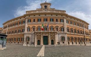 V italijanskem parlamentu prepovedali plastiko