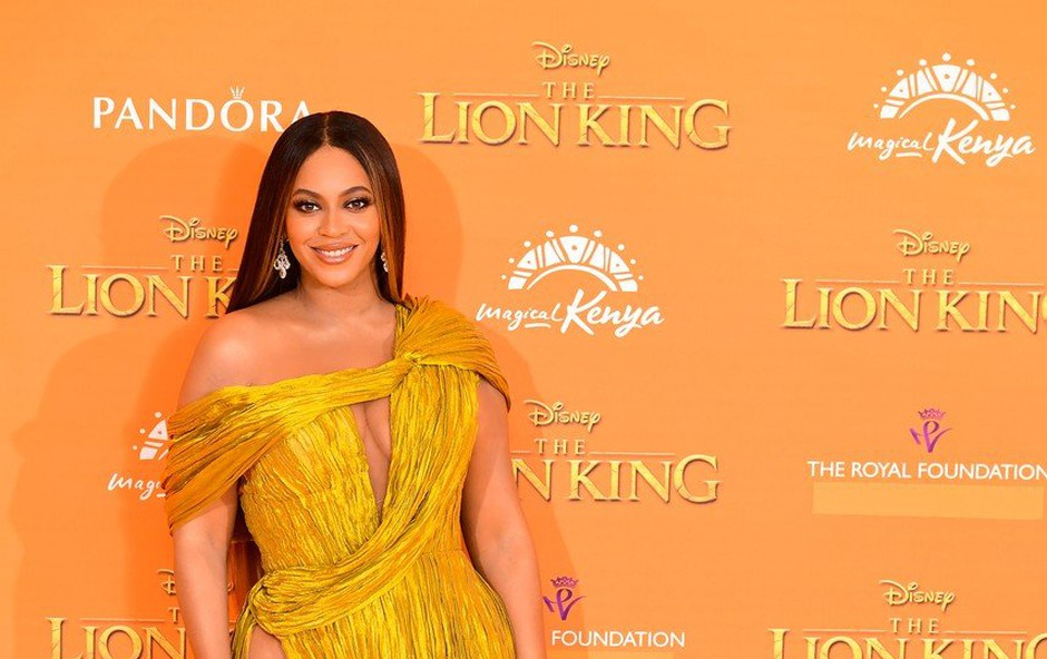 Beyonce v izzivalni obleki požela številne pohvale! (foto: Profimedia)
