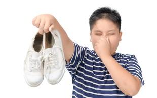 Trik za odstranjevanje neprijetnega vonja čevljev navdušil uporabnike Instagrama!