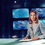 KALILA SE JE V NOVINARSKI BRANŽI<br /> Na začetku študijske poti je bila karierno usmerjena; diplomo je dobila prav iz novinarstva na univerzi v Madridu in se v njem nato tudi specializirala. (foto: Foto: Oa)