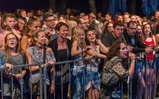 2. Castle Kolpa Music festival se kopa v soncu, obiskovalci pa v Kolpi!