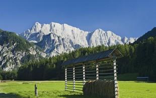 V slovenskih gorah sta danes ugasnili dve življenji