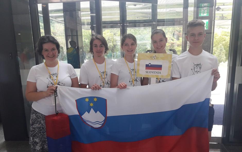 Ekipa slovenskih dijakov na mednarodni lingvistični olimpijadi osvojila zlato! (foto: ZOTKS)