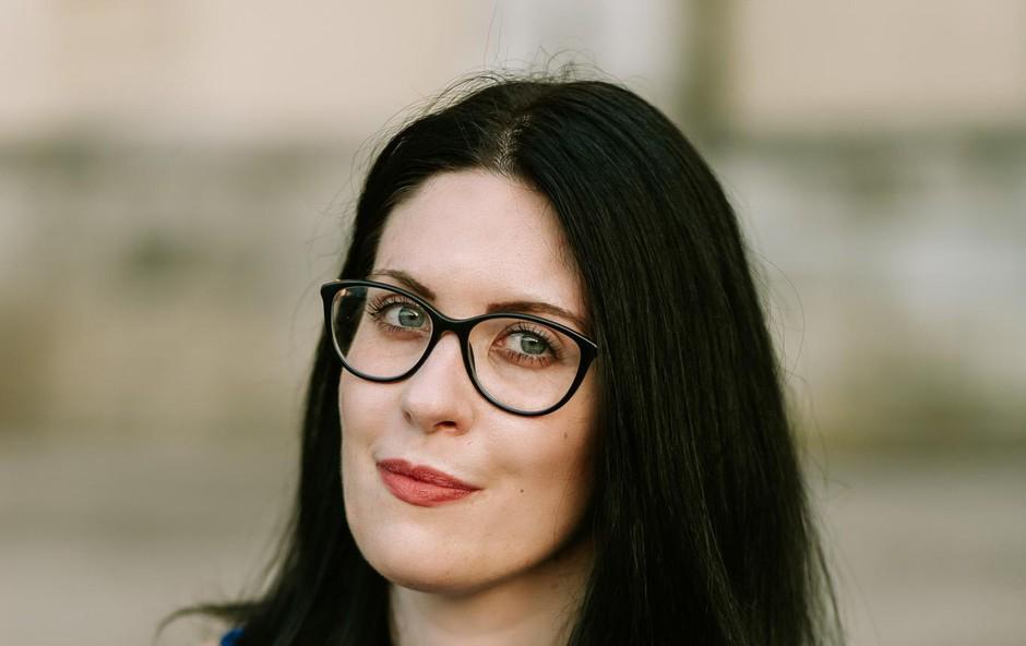 Lara Paukovič: Knjigo sem zastavila tako, da se lahko bere na dva načina (foto: Foto: Manca Kocjančič)