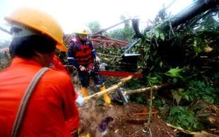 Zemeljski plaz zaradi poplav v Mjanmaru terjal najmanj 48 življenj