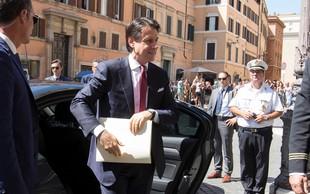 Italijanski premier Conte je odstopil, o nadaljnjih korakih bo odločal Mattarella