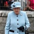 Britanska kraljica nikoli ne obuje novih čevljev, dokler niso razhojeni!