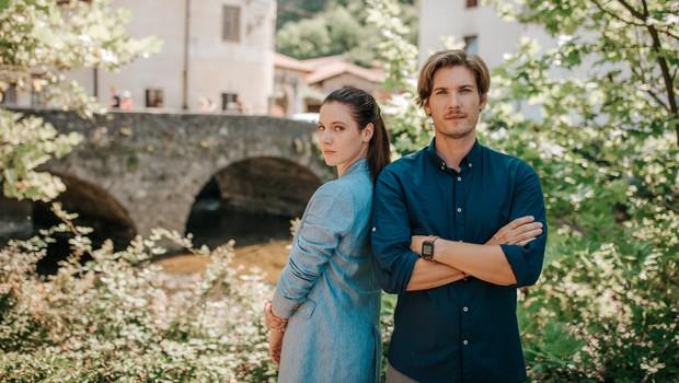 Kdo se bo v novi slovenski seriji Najini mostovi boril za ljubezen? (foto: Ana Gregorič)