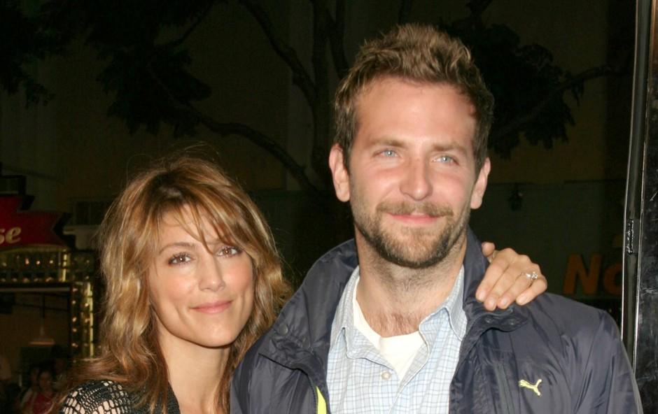 Jennifer Esposito & Bradley Cooper.. (foto: Profimedia)